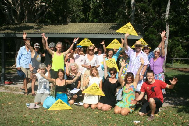 OPENING MOVES: Volunteers for the CSG-Free Byron Bay group assembled at Broken Head on Saturday morning to conduct a survey of residents in the area on the subject. It was the beginning of a longer campaign to gauge public interest in CSG mining. The rest of the shire will be surveyed in February.