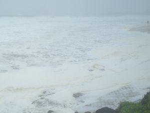 Mooloolaba Beach hit by wild weather