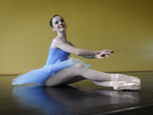 Ballerina Tabitha Buttsworth is working towards her goal of making ballet her career.