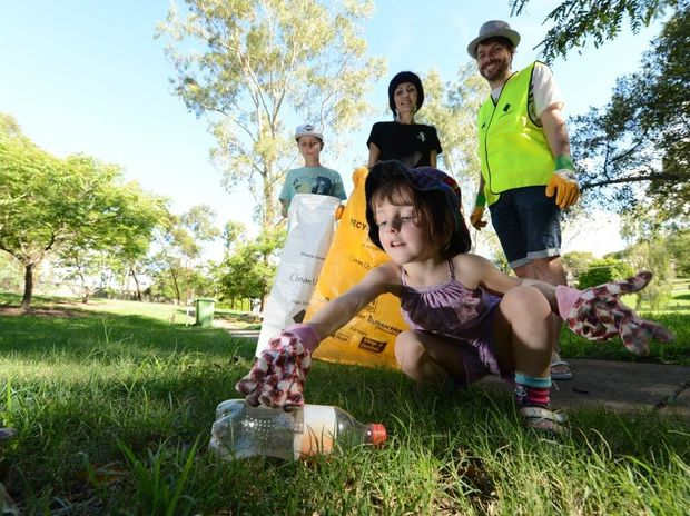 Clean Up Day team five year old Seyana Turpie-Russo with her brother Cole Raleigh, 11, and parents Toni Russo and Justin Turpie. The family are getting ready for the big Clean Up Australia day on Sunday March 3. Photo: Sarah Harvey / The Queensland Times