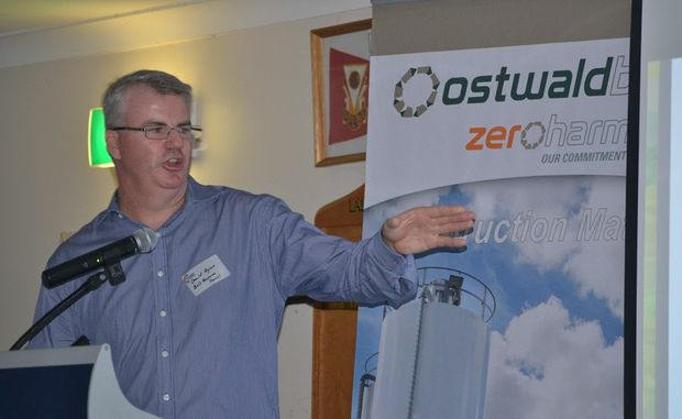INDUSTRY UPDATE: The Queensland Resources Council's David Rynne addresses the crowd at the Toowoomba and Surat Basin Enterprise evening in Dalby.  Photo: Lisa Machin/ Dalby Herald