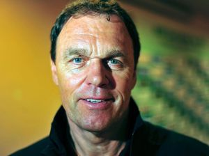 Coach Osieck focused on future with new look Socceroos