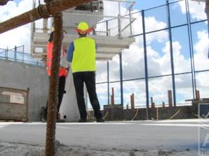 Lawrence Springborg visits Queensland Children's Hospital site