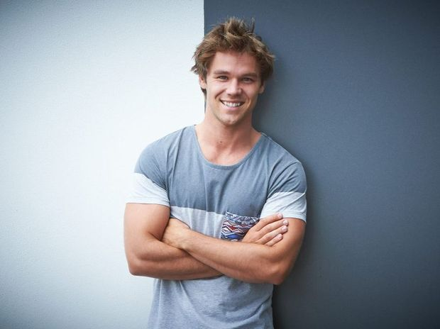 lincoln lewis - photo #19