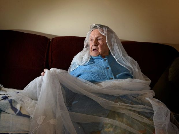 100 year old Arlie Robson with her wedding veil.