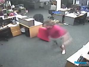CCTV: As NZ earthquake hits