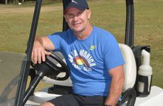Allan Langer played golf in Mackay. Photo Peter Holt / Daily Mercury