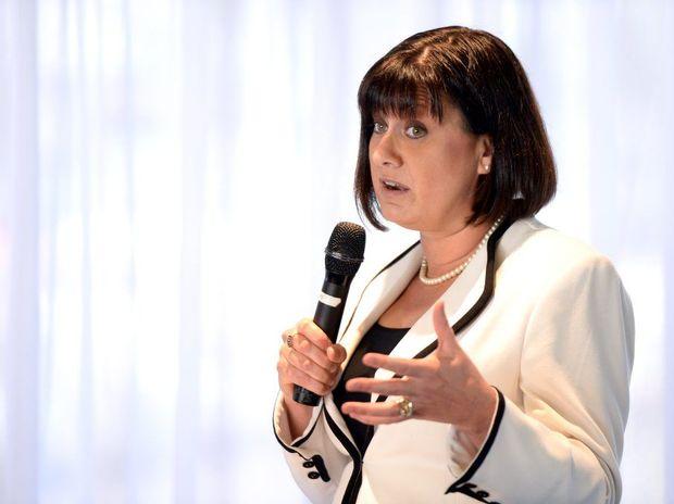 MP Justine Elliot says Qantas should have gotten more help.