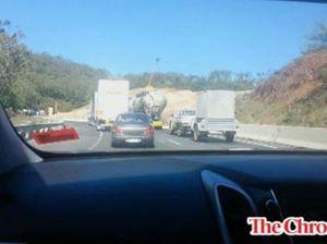 Truckies block Toowoomba Range