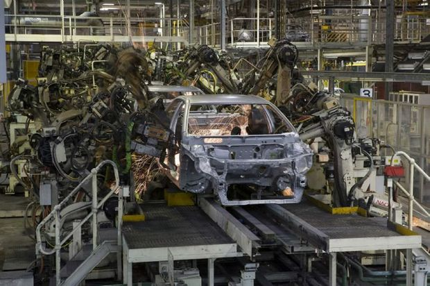 Toyota Australia will make up to 100 voluntary redundancies at its Altona manufacturing plant.