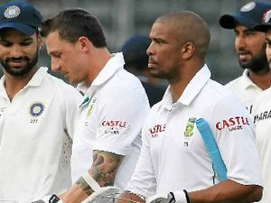 Proteas booed off for not chasing record win
