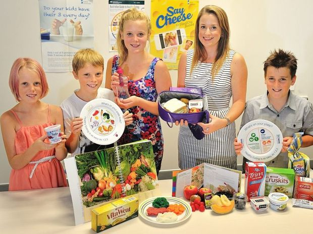 Gladstone GP Superclinic dietician Megan Leane recommends a balanced diet for the back to school lunchbox. She is pictured with Tayla Sackley, 10, Ethan Sackley, 12, Kayla Sackley, 14, and Toby Marr, 10.