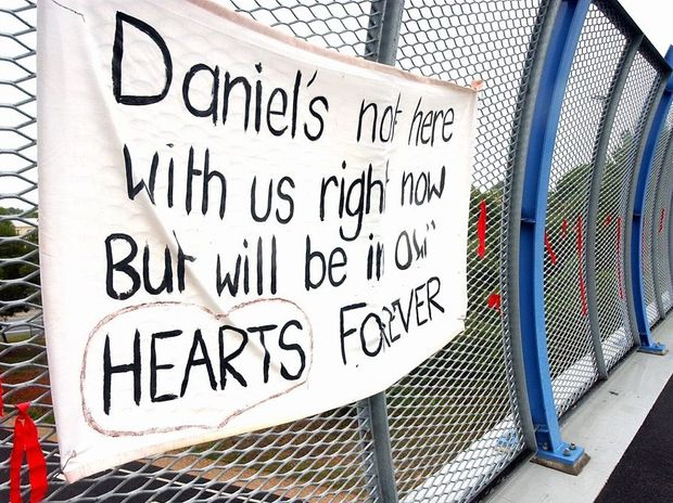 Daniel Morcombe sign on Keil Mountain Overpass at Woombye. FILE