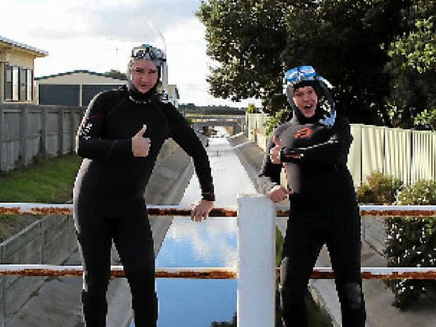 DOUBLE ACT: Damian Callinan (left) and Mickey D may well be up for some drain diving in Mackay.