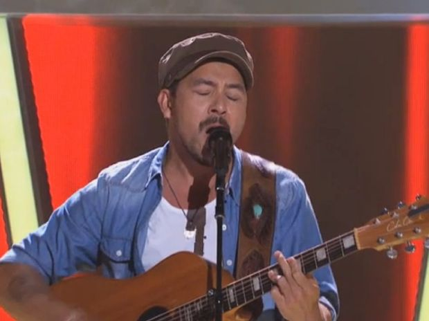 Dallas James performing on The Voice.