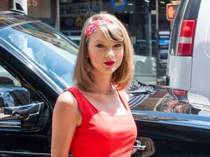 Taylor Swift eyed for Voice role