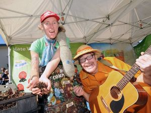 From Green House waste Education Wren McLean, and P.E.T. at the Love Lennox carnival on Saturday. Photo Doug Eaton / The Northern Star