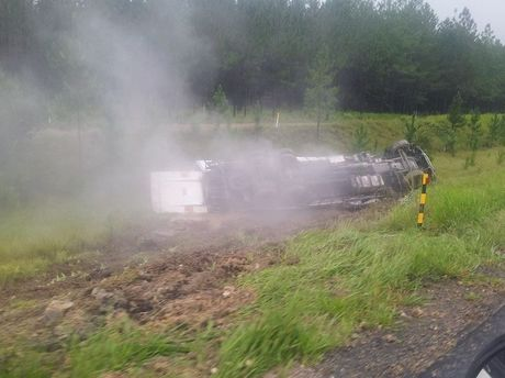 Truck rollover on Bruce Highway has caused southbound lanes at Beerwah. Photo: Adam Law