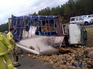 Pineapple truck rolls on Bruce Highway at Beerburrum