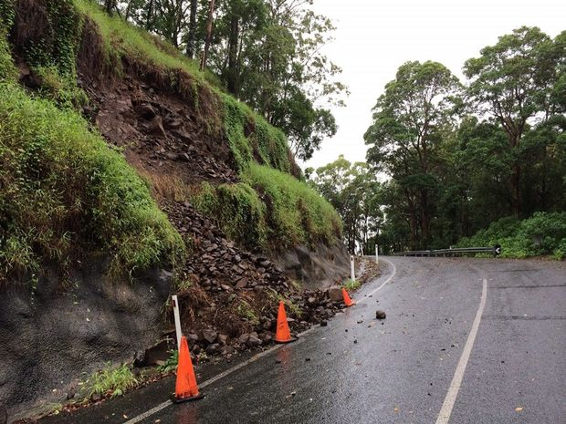 Landslip Hunchy Rd Photo: Patrick Woods
