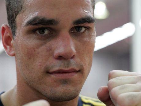 Ben McEachran at boxing training in 2006.