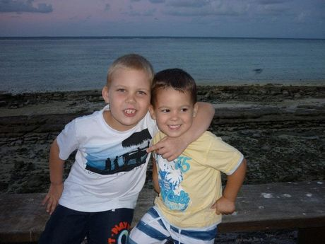 Logan and Jaykob Kenzler at Heron Island holidaying with their family.