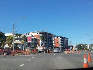 Traffic delays around Hanson Rd and Yaroon St