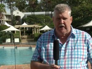 Billy Slater's shoulder causing concern for Maroons fans