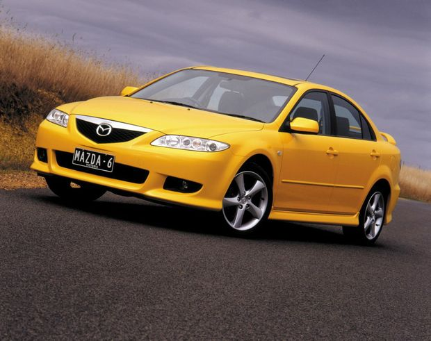 mazdas in airbag recall now affecting 700 000 cars sunshine coast daily. Black Bedroom Furniture Sets. Home Design Ideas