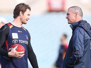 Fans and clubs honour Phil Walsh #PutYourScarvesOut