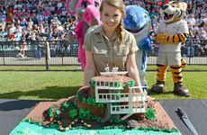 Bindi Irwin with her 17th birthday cake