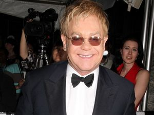 Sir Elton John ends feud with his mother