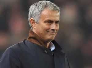 Embattled Mourinho stays positive at Chelsea