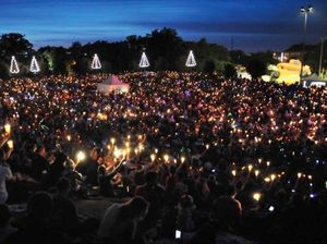 Carols by Candlelight to illuminate Queens Park