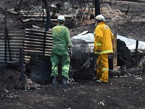 Victorian bushfires claim 116 fires but Falls Fest goes on