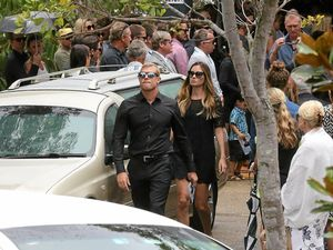 Fanning farewells brother in touching service