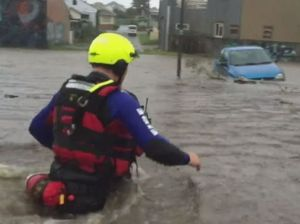 Hundreds of calls for help as NSW hit by floods