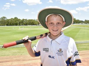 Boys give cricket a bash at Grammar school camp