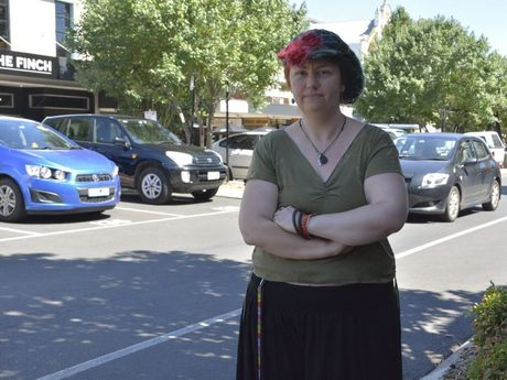 Crazy Goat Espresso owner Lisa Turnbull is disappointed dogs are being left locked in hot cars in Ruthven St.