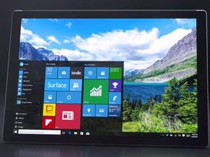 Microsoft Surface Pro 4 great showcase for Windows 10