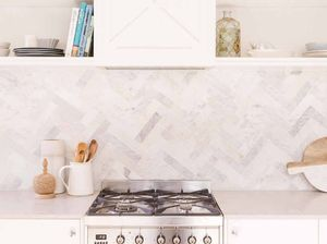 DIY: How to tile your kitchen splashback