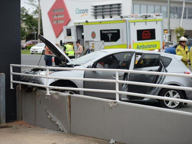 Car crash on Archer Street. Photo Kelly Butterworth / The Morning Bulletin