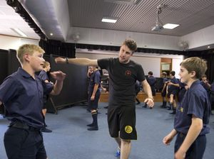 Students learn art of stage fighting