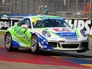 Matt Campbell wins in Sydney in first race of the pro am in Carrera Cup
