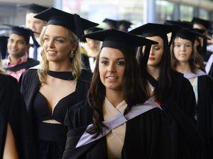 USQ graduation march