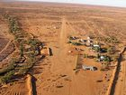 Property investment firm DomaCom's crowd-funding bid to keep the Kidman cattle empire in Australian hands is gathering momentum.