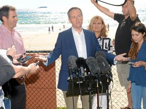 Shorten promises swim safety for all kids in Kingy visit