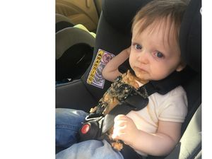 Dad's hilarious texts to wife after toddler vomits in car