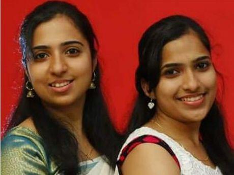 TRAGIC DEATHS: Anjumol and <b>Asha Mathew</b> died in a two-vehicle crash at Peak - 9-3295681-twb240516anjuashamathew_fct1024x768x30.0_ct460x345