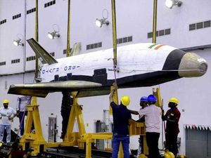 India successfully launches its first space shuttle